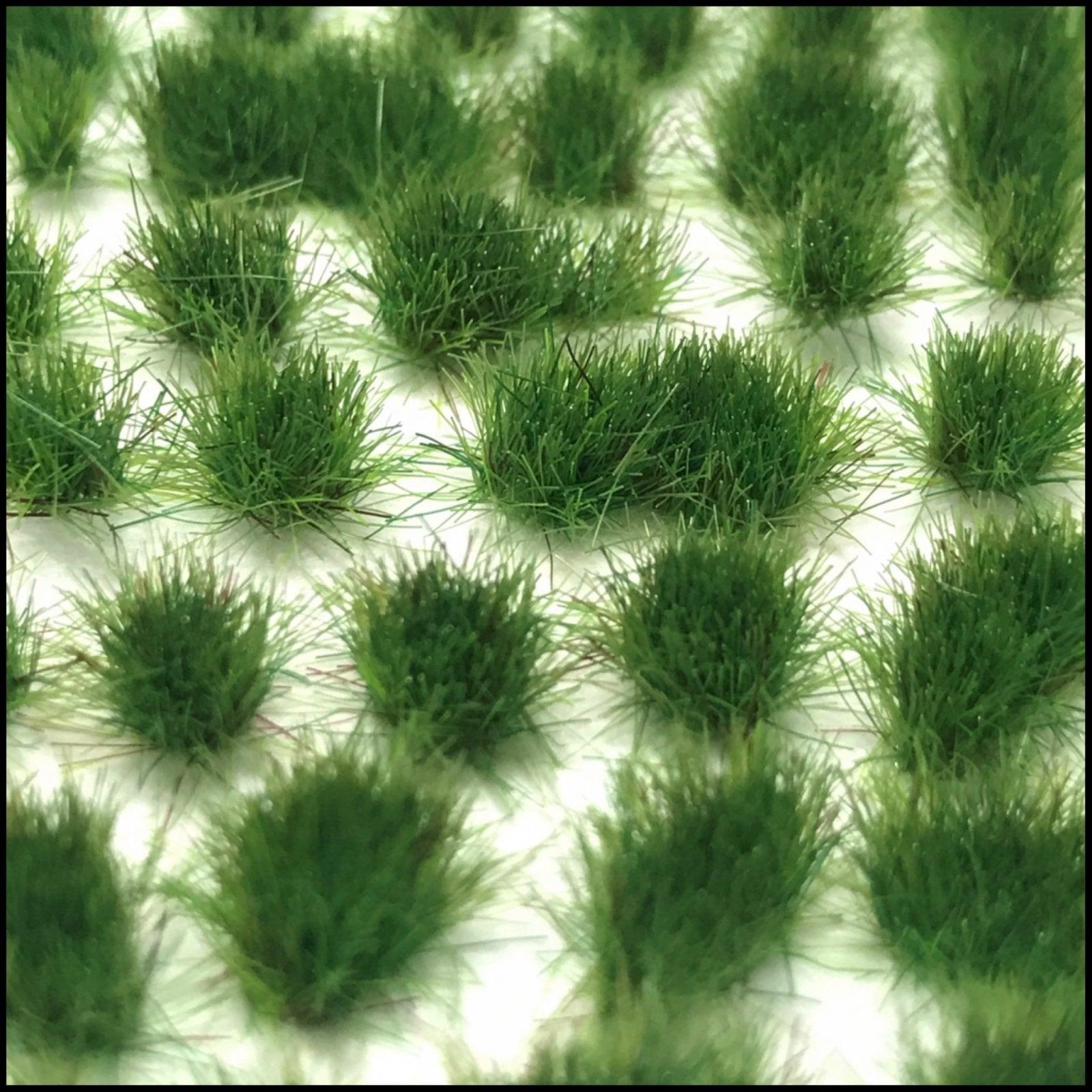 Grass Tufts (4mm) – Medium Green Grass (Dots or Natural)