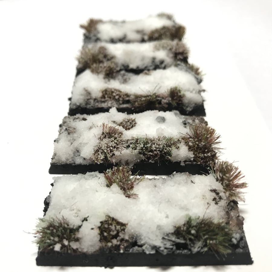 50mm Cavalry Pre-Painted Bases – Snow Theme